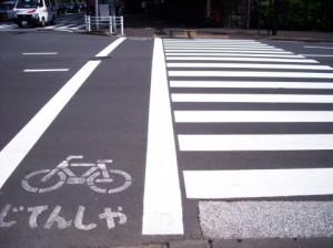 増える自転車事故
